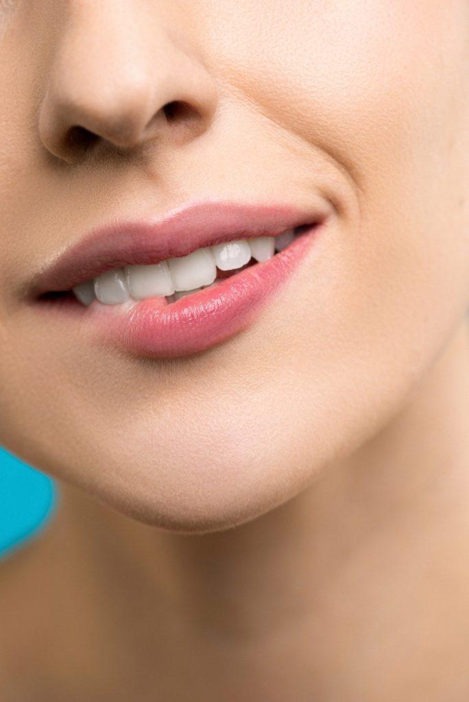 Zahnaerzte in der Filzfabrik-Speyer -Aesthetische Zahnheilkunde-Modell-Gesicht2
